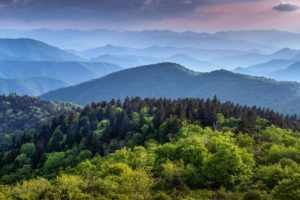 smoky-mountains-tennessee-things-to-do-sundance-vacations-destinations